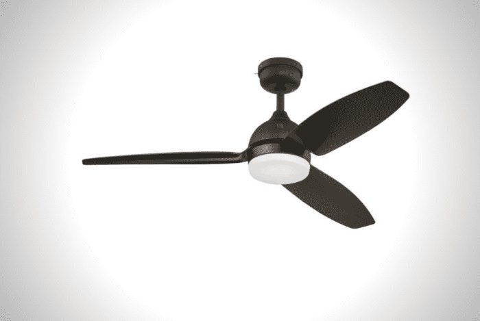 Indoor/Outdoor Ceiling Fan with SkyPlug Technology