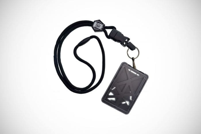 Specialist ID Vertical Top Load 3 Card Holder