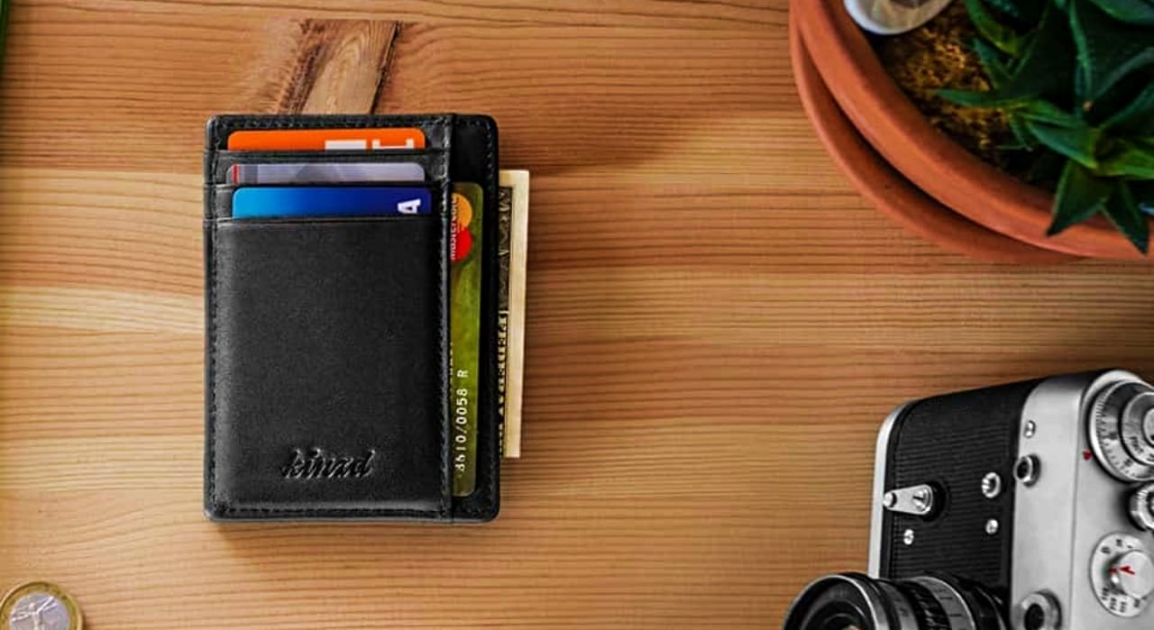The CarryWallet