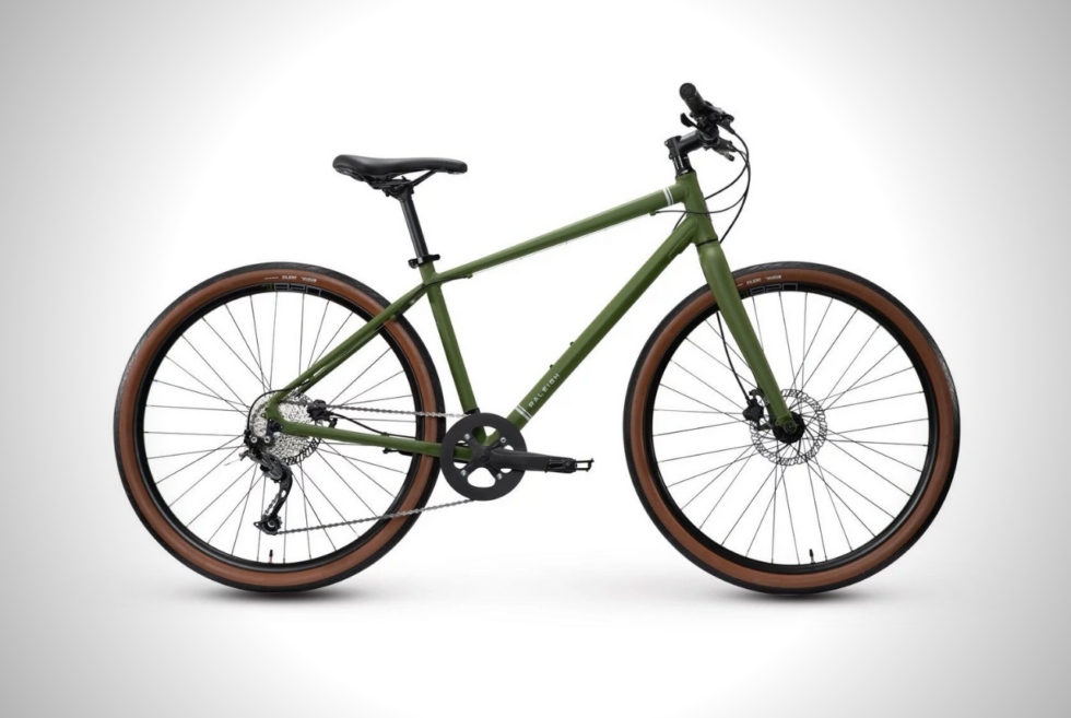 The Raleigh Redux 2 Brings Mountain Bike Chops To Your City Commute