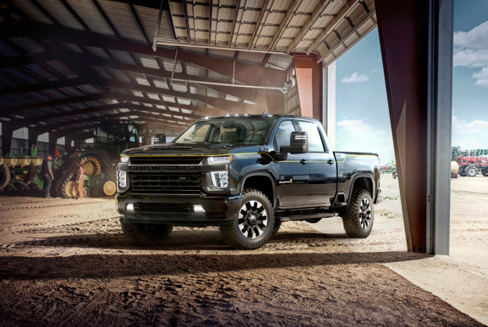 Chevrolet Graces The 2019 SEMA Show With The 2021 Silverado HD Carhartt Special Edition