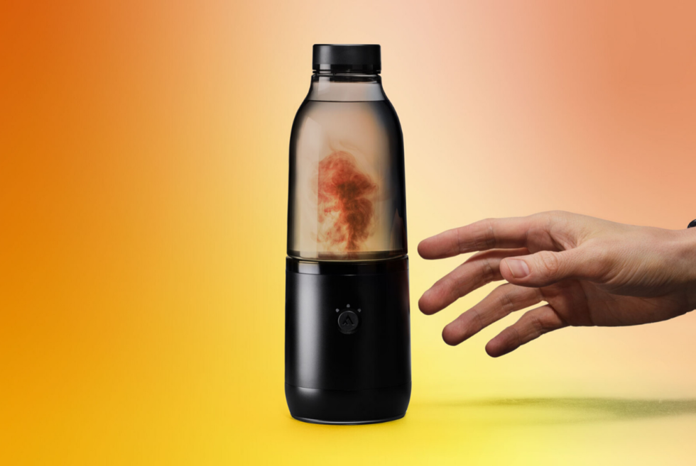 LifeFuels Smart Nutrition Bottle Gives Us A Reason To Drink More Water