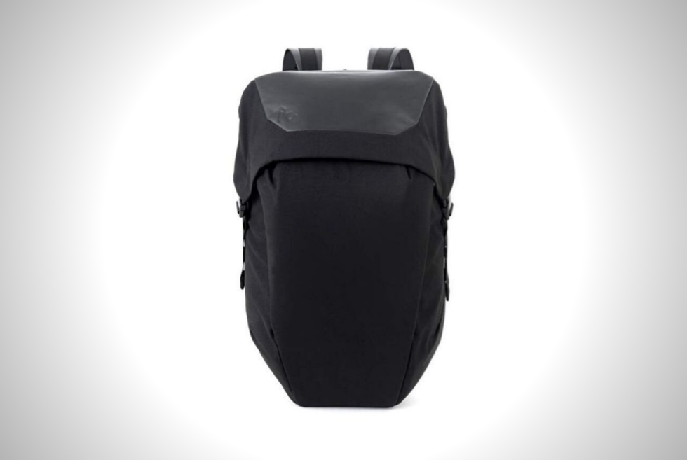 The RYU Locker Pack Lux is your backpack for work and play