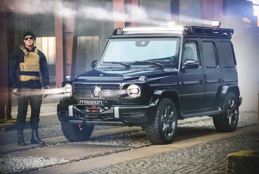 The Brabus INVICTO MISSION is an armored escort vehicle for special target groups
