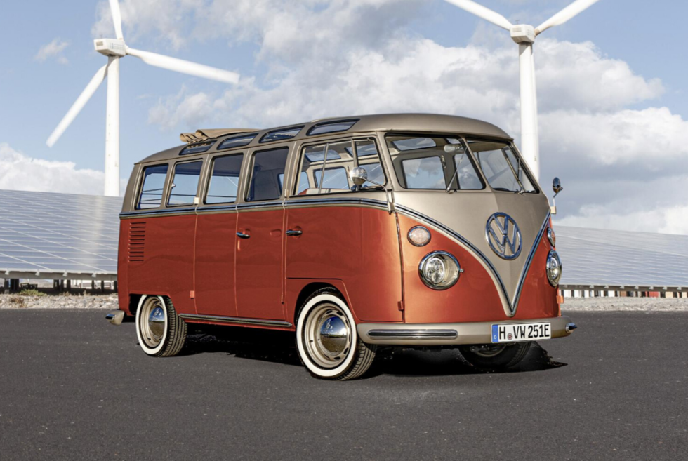 This e-Bulli from eClassics is an electrified 1966 Volkswagen T1 Samba