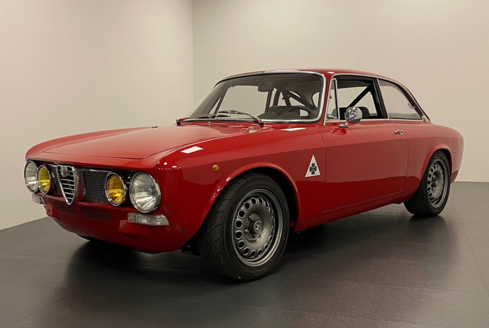 The GTA-R from Alfaholics is a restomod unlike any other