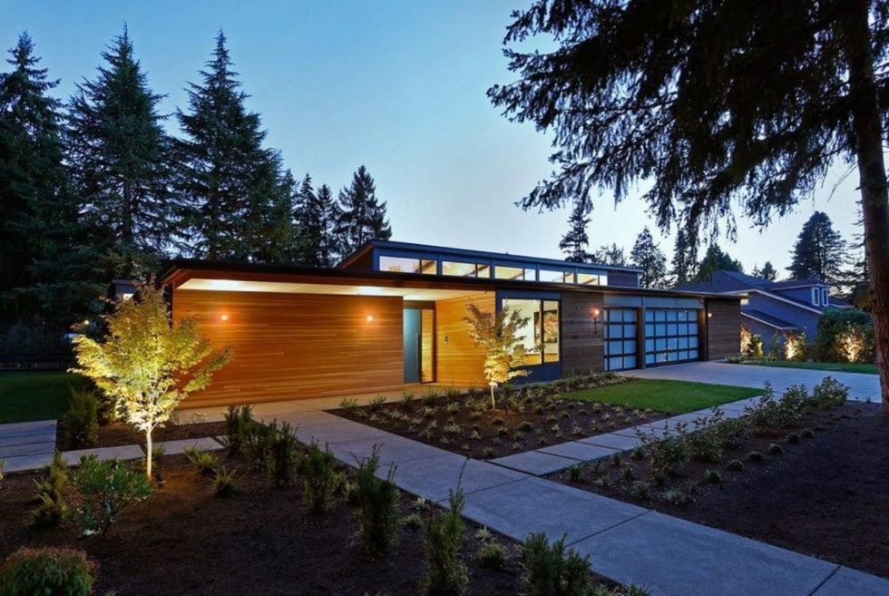 The Clyde Hill House Boasts Modern Elegance Inside And Out