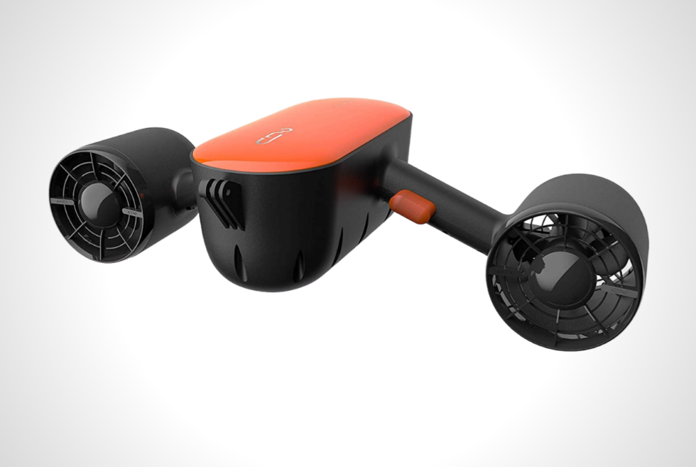 Cruise effortlessly underwater with the compact Geneinno S2 underwater scooter
