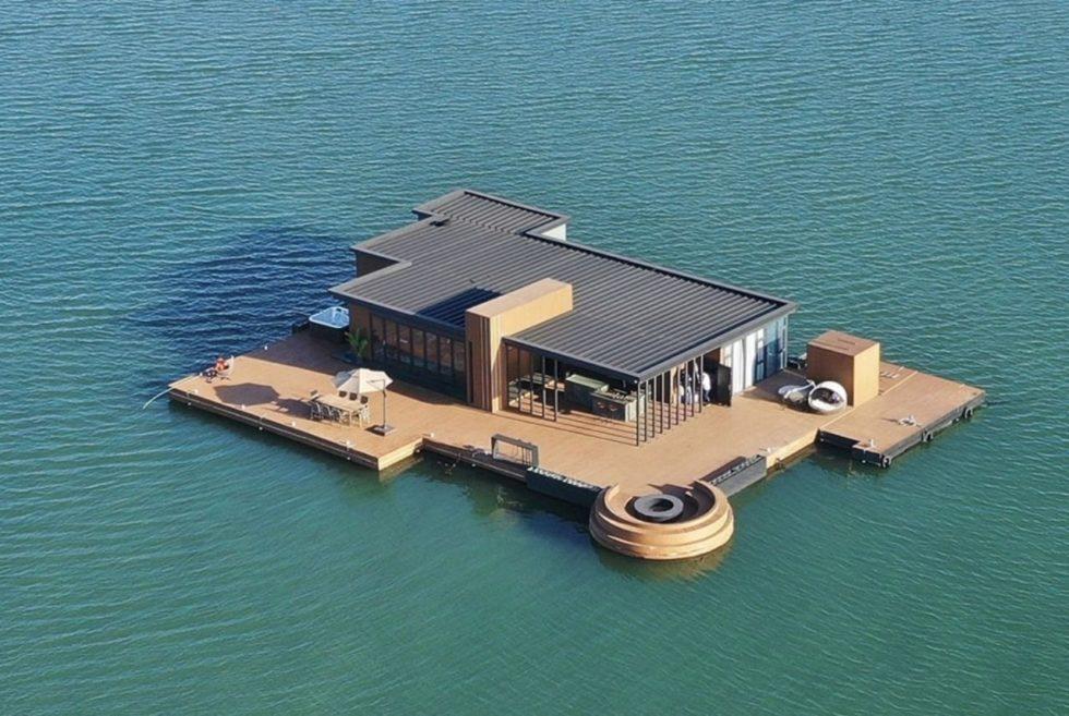 The Hi Sea Floating Hotel Defines Luxury Off-Grid Living