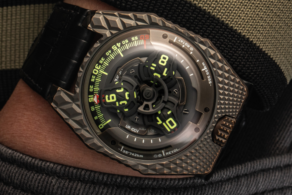 Urwerk reveals the UR-100V T-REX as its second tribute to the Tyrant Lizard