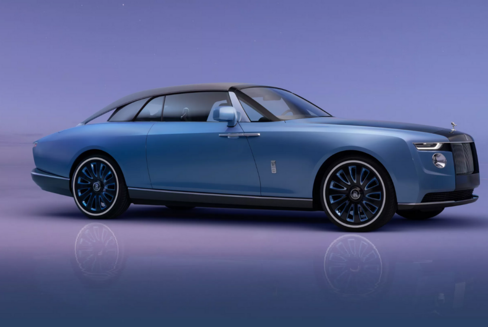 Rolls-Royce is building only three bespoke examples of the stunning Boat Tail
