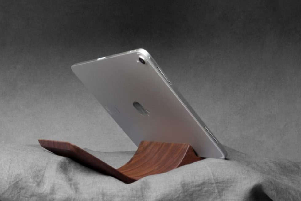 The Yohann iPad Pro Stand Stays Stable Even on Soft Surfaces